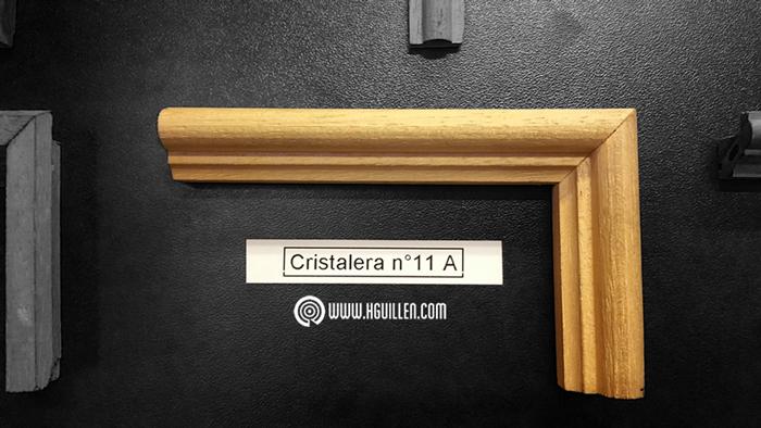 Cristalera Moldurada 11A – 21×16 mm