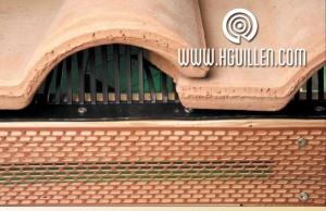 Redes y peines antipájaros para cubiertas, tejados o fachadas ventiladas